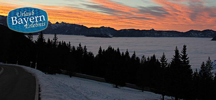 Auto Winter Natur in Bayern